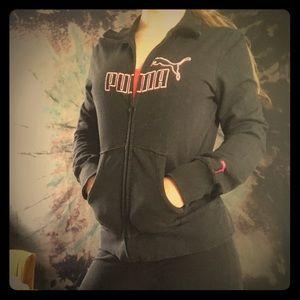 Vintage pink and black PUMA Sweatshirt!